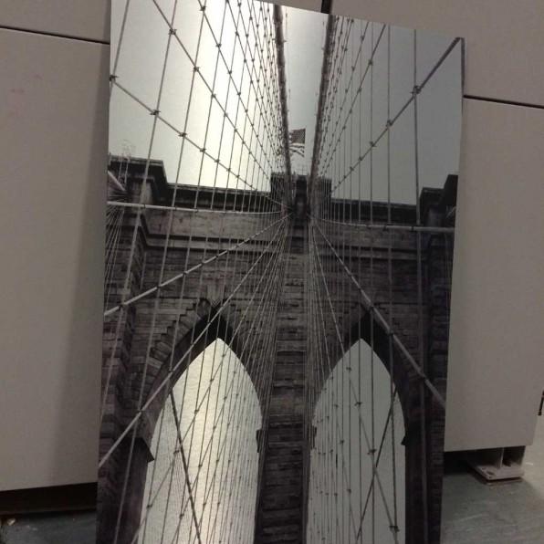 Brooklyn Bridge op Brushed Aluminium