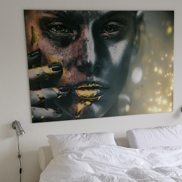 Geborsteld aluminium portret