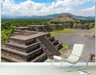 Pyramid of the Moon. Teotihuacan