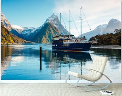 Boat cruise in Milford Sound, Fiordland, New Zealand