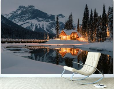 Emerald Lake Lodge is the only property on secluded Emerald Lake,surrounded by breathtaking Rocky Mountains,Yoho National Park,