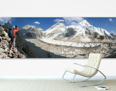 Panoramic view of Mount Everest base camp