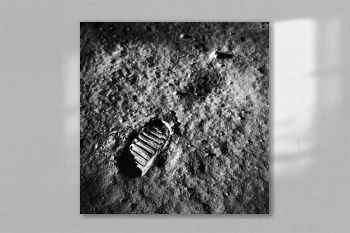 A close-up view of an astronaut's footprint. Original from NASA.jpg