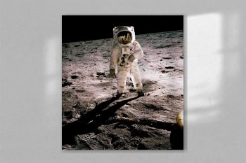 Edwin Aldrin walking on the lunar surface. Original from NASA.jpg