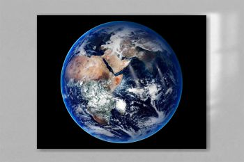 The eastern hemisphere. Original from NASA.jpg